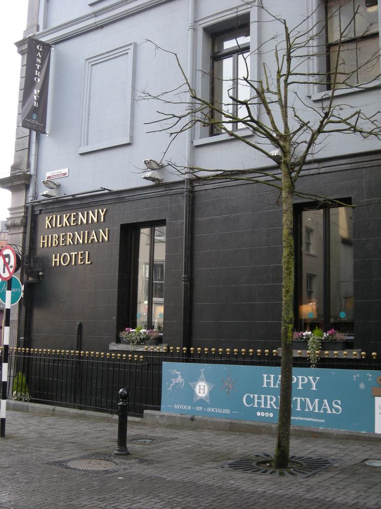 Hibernian Hotel 1 Ormond Street-R95WTK3-2018 (4).jpg