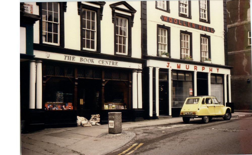 The Kilkenny Book Centre 10 High St-R95Y9TA-1987.jpg