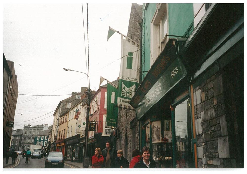 Rose Inn street 1997.jpg