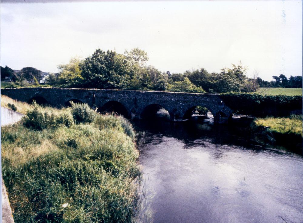 Ballyragget Bridge 20001.jpg