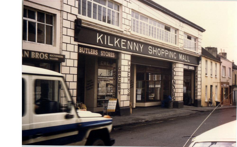 Kilkenny Shopping Mall-51-52 John St Upper-R95YK5W-1987 (3).jpg
