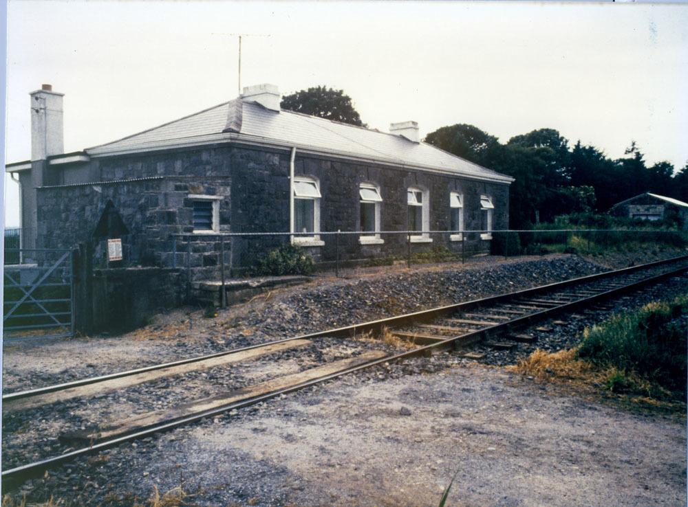 Ballyhale Railway 20001.jpg