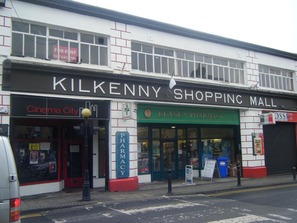 Kilkenny Shopping Mall-51-52 John St Upper-R95YK5W-2011.jpg