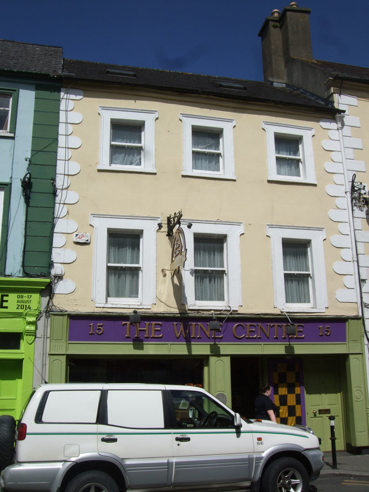 The Wine Centre 15 John St Lower R95H2CE-2014.jpg