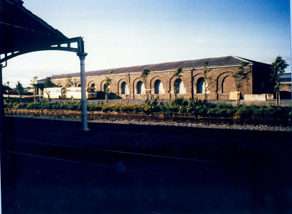 Railway Station Dublin Road 40001.jpg