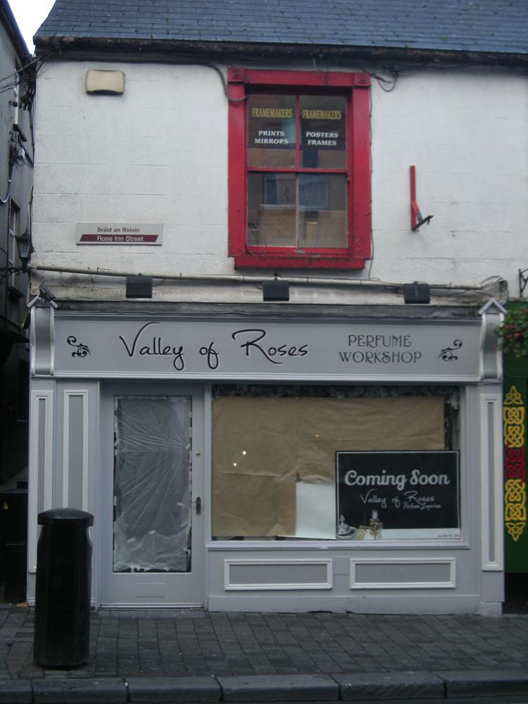Valley of Roses 26 Rose Inn St-R95WYA9-2018 (2).jpg
