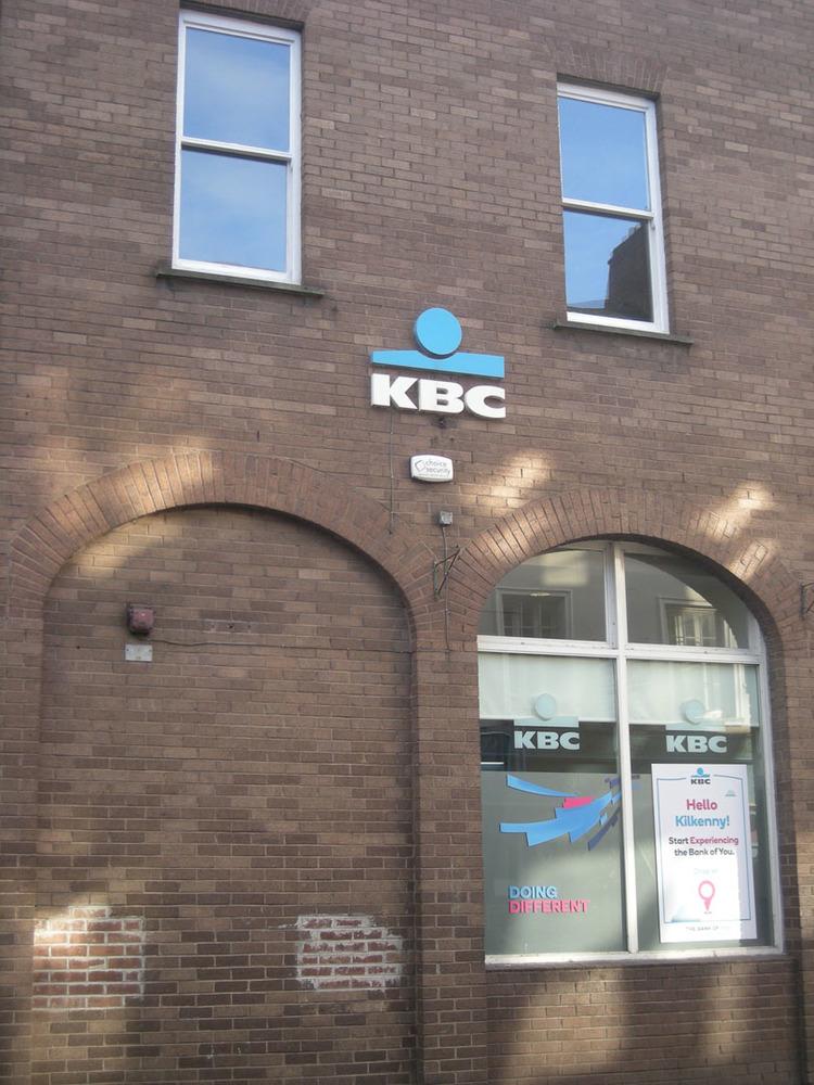 KBC Bank Rose Inn St-R95Y672-2018 (4).jpg