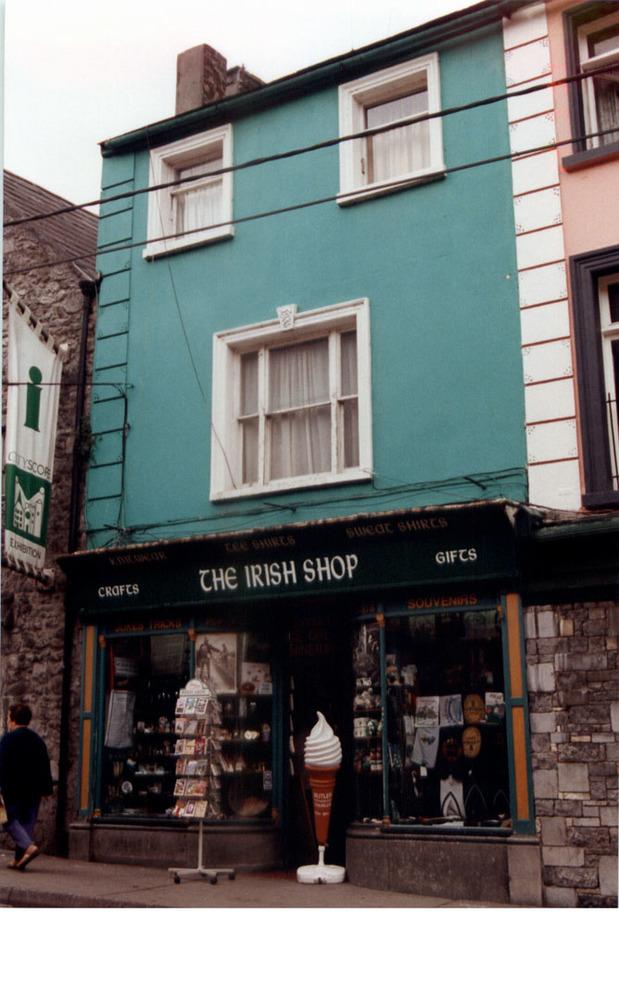 27 Rose Inn St-R95YE64-1997.jpg