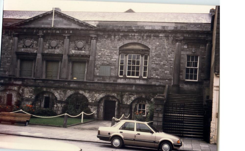 The Court House-Parliament St- R95TYF2-1987.jpg