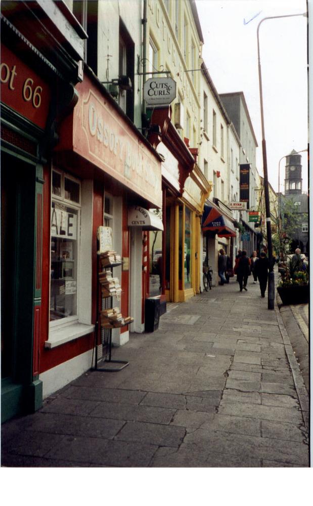 High St-General View-1997 (2).jpg