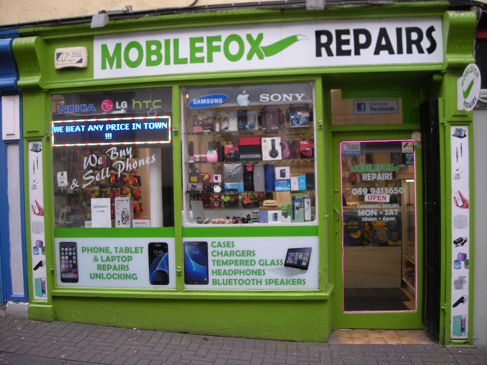 The Mobile Fox Kilkenny Retail Centre James St-R95NC8V-2018.jpg