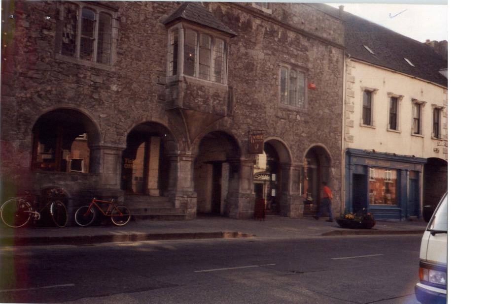 Rothe House and Gardens-15-16 Parliament Street-R95P89C-1996 (3).jpg