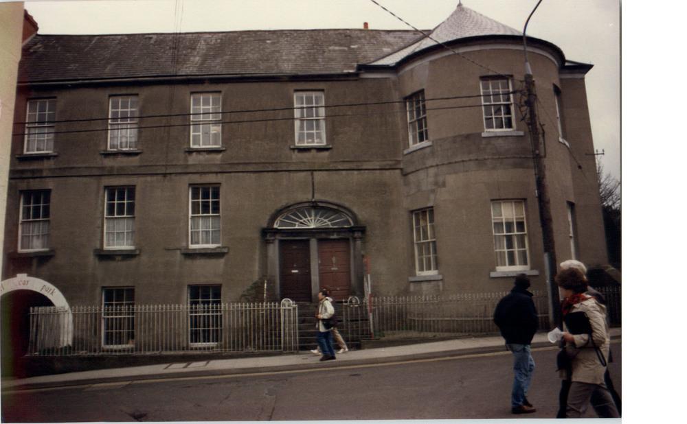 River Court House -1987.jpg