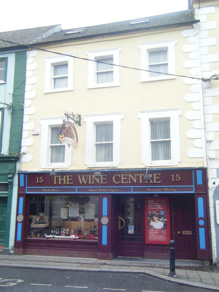 The Wine Centre 15 John St Lower R95H2CE-2011.jpg