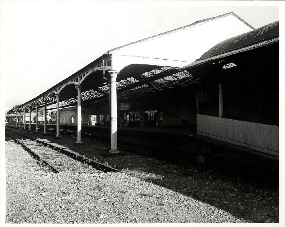 Railway Station Dublin Road 30001.jpg