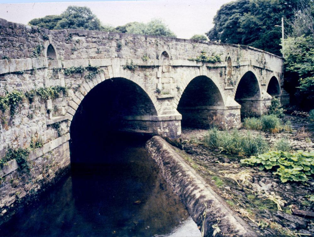 Castlecomer Town Bridge 20001.jpg