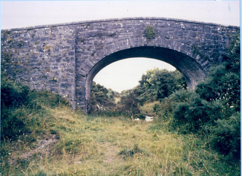 Knockroe bridge ballyragget 20001.jpg