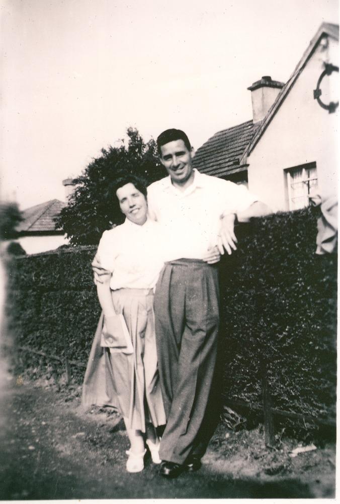 0018 1950 Jim and Annie Gill Tinnahinch 1.png