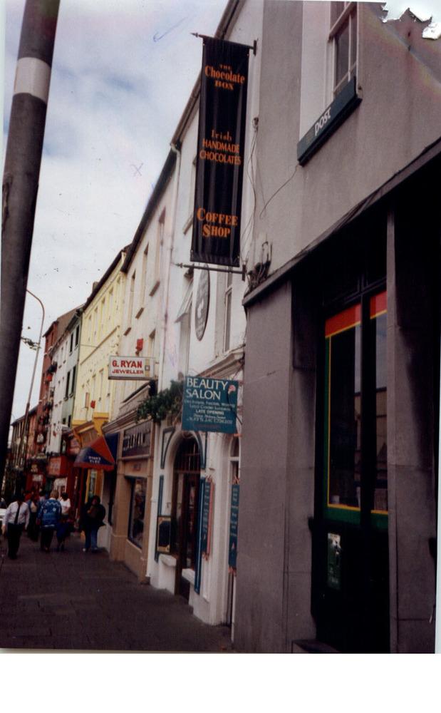 High St-General View-1997 (7).jpg
