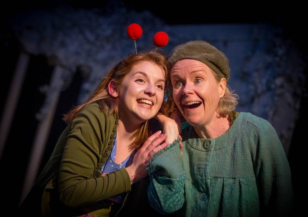 Girl (Iseult Casey) & Woman (Noelle Brown)