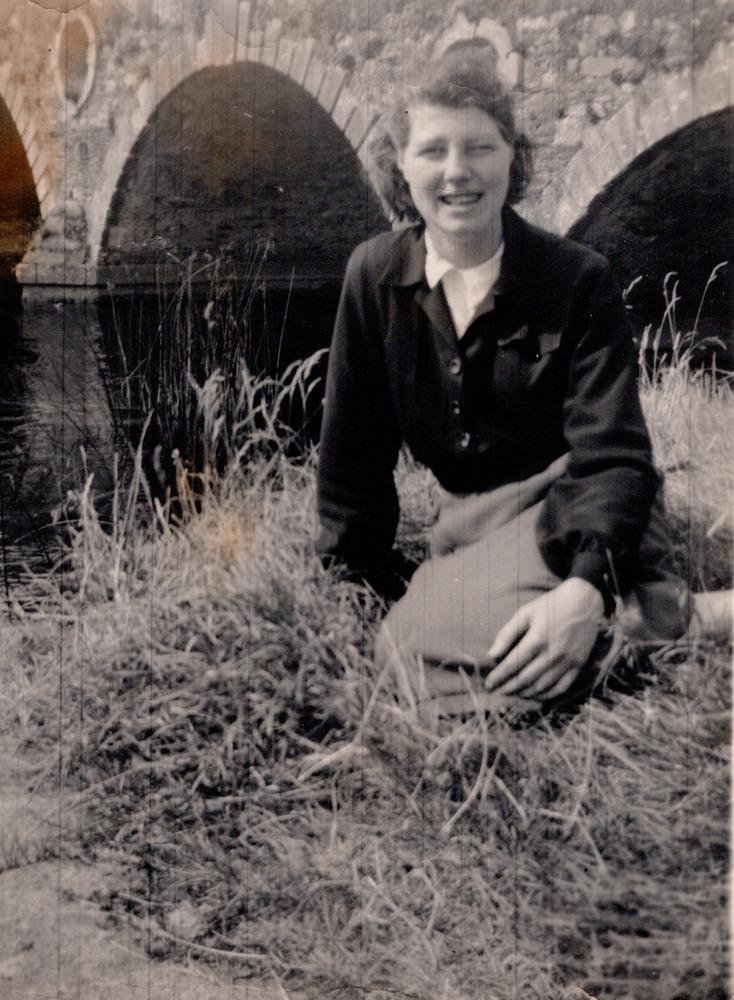 Greta Carley e.png