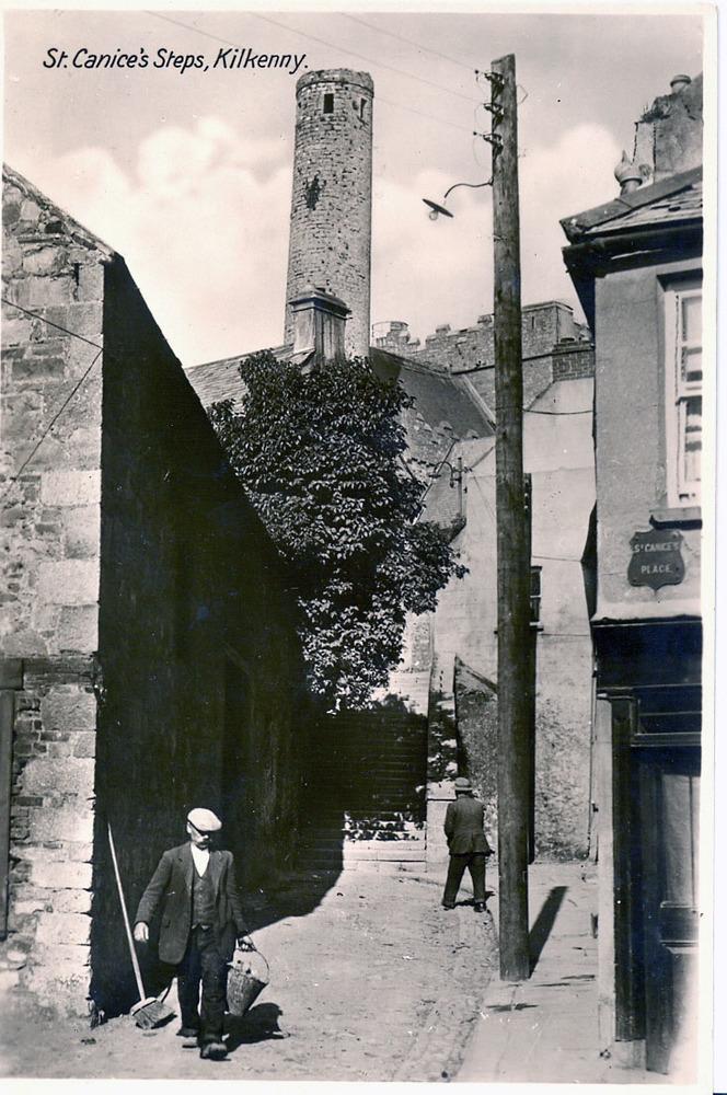 St. Canice's Steps, Kilkenny0001.jpg