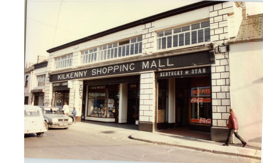 Kilkenny Shopping Mall-51-52 John St Upper-R95YK5W-1987 (2).jpg