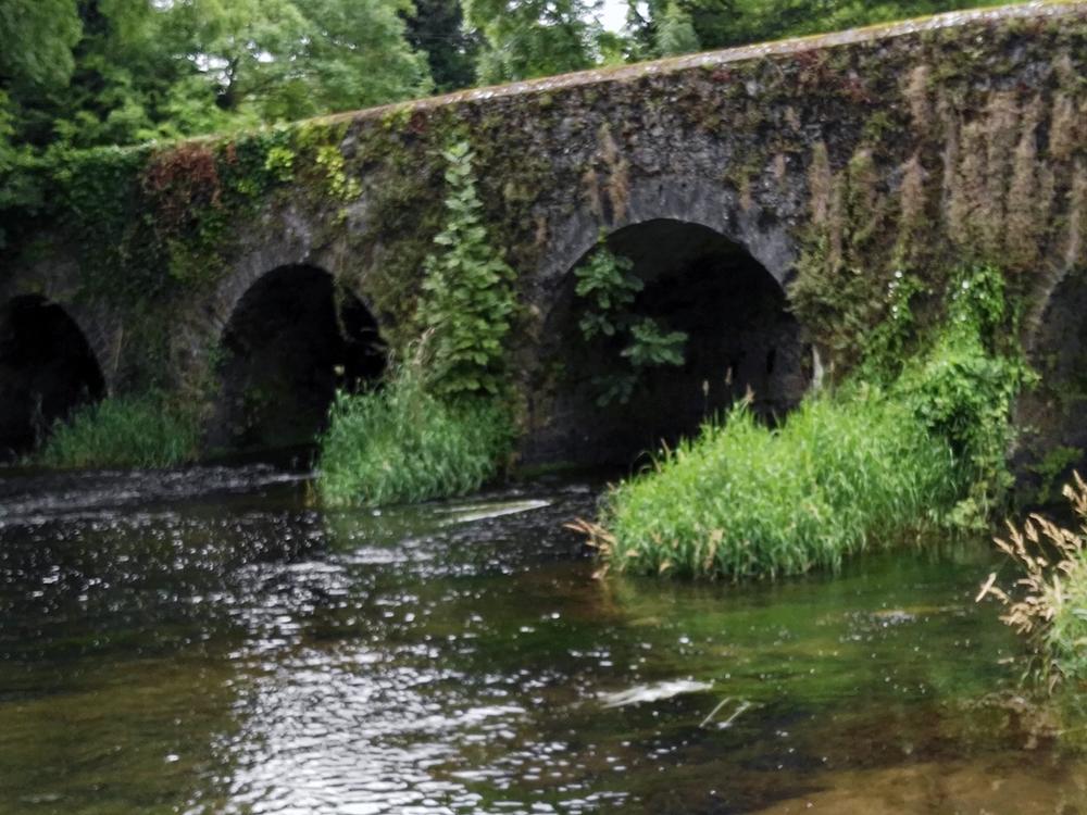 Old Ennisnag Bridge.jpg