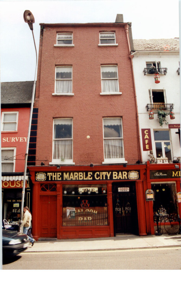 Marble City Bar and Tea Rooms 66 High St-R95RX47-1997 (2).jpg