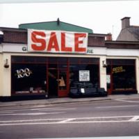 Guineys 40 John St Upper-R95W9H2-1994.jpg