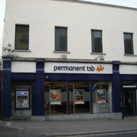 Permanent TSB High St Mall High St-R95K7YW-2018.jpg