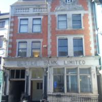 Ulster Bank 27 High St-R95T672-2011.jpg