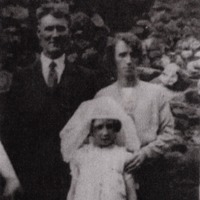 0003 Hannah Dunne Husband Jack and daughter Anna 1940s 5.png