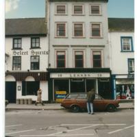 9-10 Parliament Street R95FX9H 1987.jpg