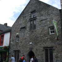 Shee Alms House Rose Inn St-R95XF53-2014.jpg