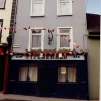 Hacketts Bar 1 Watergate-R95KT04-1997.jpg