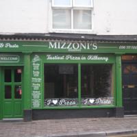 Mizzonis 11 Rose Inn St-R95H9YV-2018.jpg