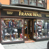Frank Walls Man Shop 96-97 High St-R95E120-2018.jpg