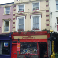 D and R antiques 3 Rose Inn St-R95NA02-2011.jpg