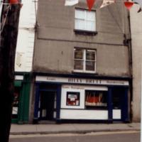 Mizzonis 11 Rose Inn St-R95XT82-1997.jpg